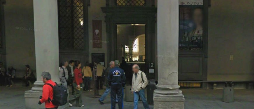 Uffizi Gallery tour by night meeting point
